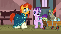 Starlight agrees to go antiquing with Sunburst S7E24