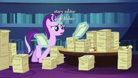 Starlight looks through Twilight's friendship lessons S6E1