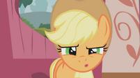 Applejack confused S01E04