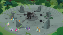Pony of Shadows releases energy into his tendrils S7E26