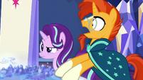 """Sunburst """"legendary ponies of all time?"""" S7E25"""