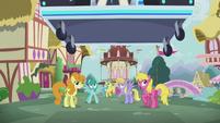 DJ station speeds toward other ponies S5E9
