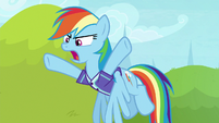 Rainbow Dash yelling frustrated at Rarity S8E17