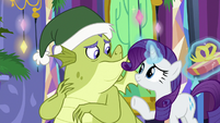 Rarity helping Sludge out S8E24