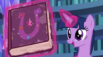 Twilight -don't judge a book by its cover- S7E14