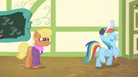 "Rainbow Dash leaves ""professionally"" S4E05"