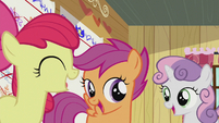 The CMC title-drops the song for the second time S5E18