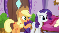 Applejack --didn't think spa treatments were your thing-- S6E10