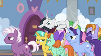 Neighsay gets carried off by students S8E26
