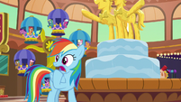 Rainbow Dash gasping in worry S8E5