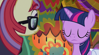 Twilight shakes her head at Moon Dancer S9E5