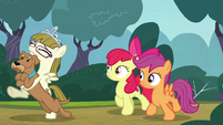 Apple Bloom and Scootaloo follow Zipporwhill and Ripley S7E6