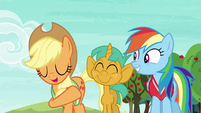 Applejack --quicker than Granny Smith can core an apple-- S6E18