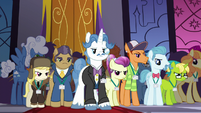 Delegates assembled in the summit hall S5E10