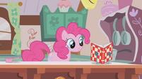 Pinkie Pie allright S01E04