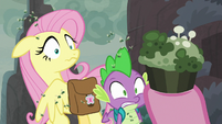 Pinkie takes out a moldy cupcake S8E25