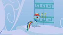 Rainbow Dash at her front door S6E7