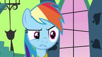 Rainbow Dash creeped out S03E10