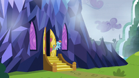 Rainbow floating outside of castle door S5E5