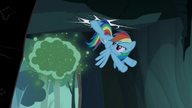 S07E16 Rainbow uderza w skałę