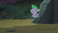 Spike arriving to the cave S1E24