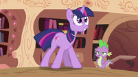 Spike looking at Twilight Sparkle 2 S2E03