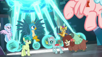 Young Six see Cozy Glow arrive S8E26