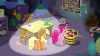 Pinkie Pie -it'll force her to admit the truth- S7E23