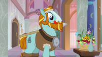 Rockhoof finds bowl of fruit and flowers S8E21