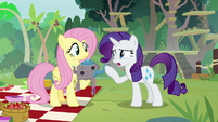 """Rarity """"I don't need help making clothes"""" S8E4"""