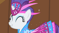 Rarity cheering for Fluttershy S1E20