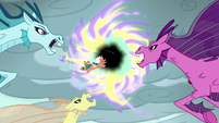 Somnambula lures the Sirens toward the portal S7E26