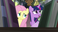 """Twilight """"libraries come in all shapes and sizes"""" S7E20"""