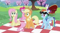 Twilight Sparkle's friends surprised S2E03