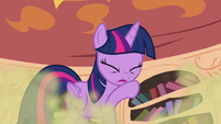 Twilight coughing S4E15