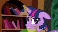 """Twilight unsure """"the castle's fine"""" S5E3"""