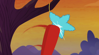 Whiffle bat striking the star-shaped pinata S9E14