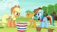 """Applejack """"clear who the other two players should be"""" S6E18"""
