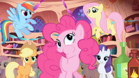 Pinkie -What- It's good!- S1E01