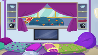 Sunset Shimmer sleeping in bed again EGSBP