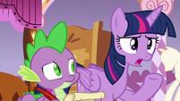 Twilight Sparkle --that doesn't sound like Applejack-- S6E22