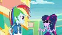 Twilight shrugging at Rainbow Dash EGROF