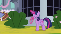 Twilight smells the flowers some more S9E4