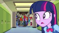 Twilight watches Flash walk away EG