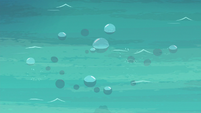 Bubbles rise to the water's surface again S6E22