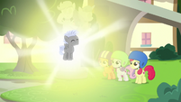 Chipcutter glowing brightly S7E6