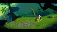 Daring Do bringing the arrows down to the ground S4E04