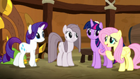 """Fluttershy """"playing makes you happy"""" S8E18"""