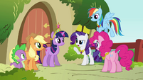 Rarity talking to the group S3E10