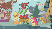 S01E12 Stragan z jabłkami